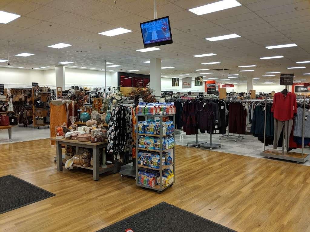 T.J. Maxx - department store  | Photo 2 of 10 | Address: 21 Mill Creek Dr, Secaucus, NJ 07094, USA | Phone: (201) 866-6279