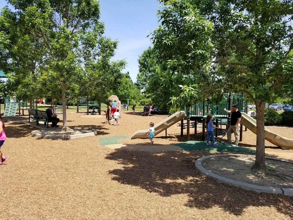 Pennington Park - park  | Photo 5 of 10 | Address: 801 Creek Rd, Delanco, NJ 08075, USA | Phone: (609) 265-5858