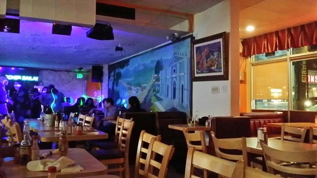 Little San Salvador Restaurant - restaurant  | Photo 1 of 10 | Address: 901 N Western Ave Suite #3, Los Angeles, CA 90029, USA | Phone: (323) 466-0565
