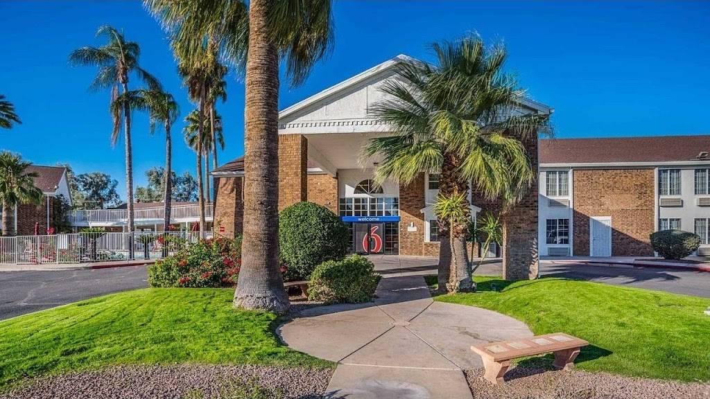 Motel 6 Marana City, AZ - Tuscon - North - lodging  | Photo 1 of 10 | Address: 7277 North Camino De Oeste, Tucson, AZ 85742, USA | Phone: (520) 744-9300