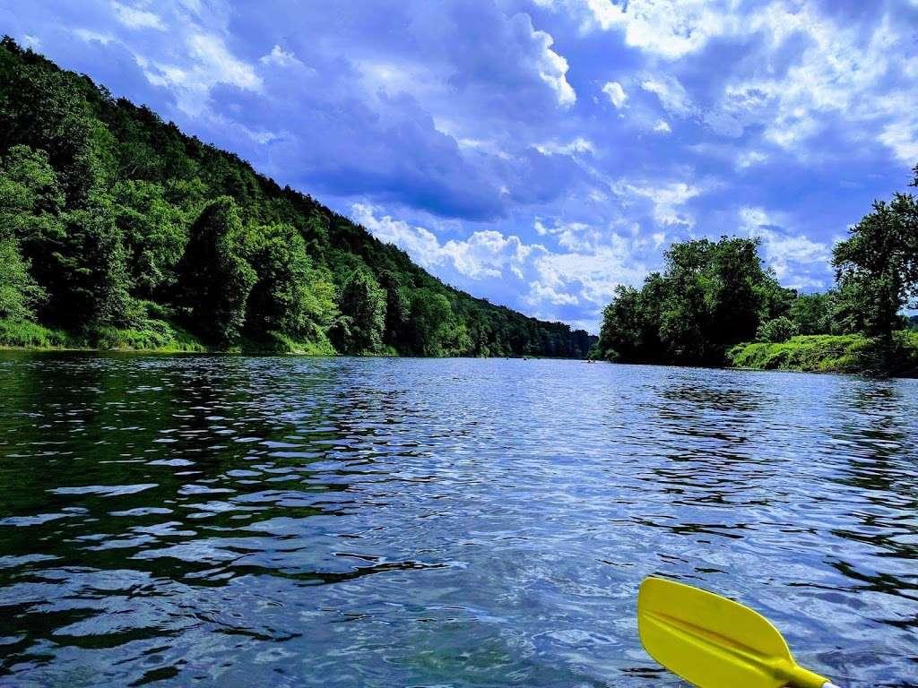 Chamberlain Canoes - travel agency  | Photo 9 of 10 | Address: 103 Five Star Ln, East Stroudsburg, PA 18301, USA | Phone: (570) 421-0180