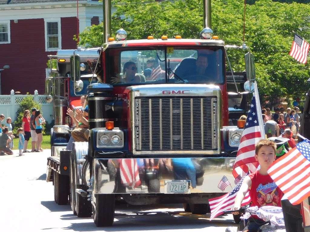 Ben Senter Trucking - moving company  | Photo 4 of 10 | Address: 207-209 Rte 13, Brookline, NH 03033, USA | Phone: (603) 673-9123