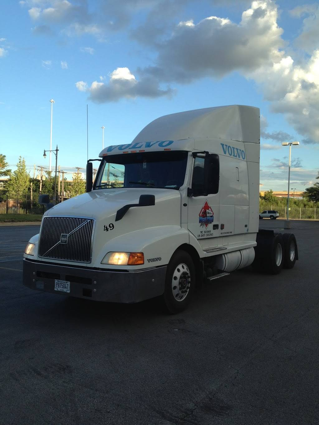 West Wind - moving company  | Photo 1 of 10 | Address: 7050 S Archer Rd, Bedford Park, IL 60455, USA | Phone: (312) 505-8249