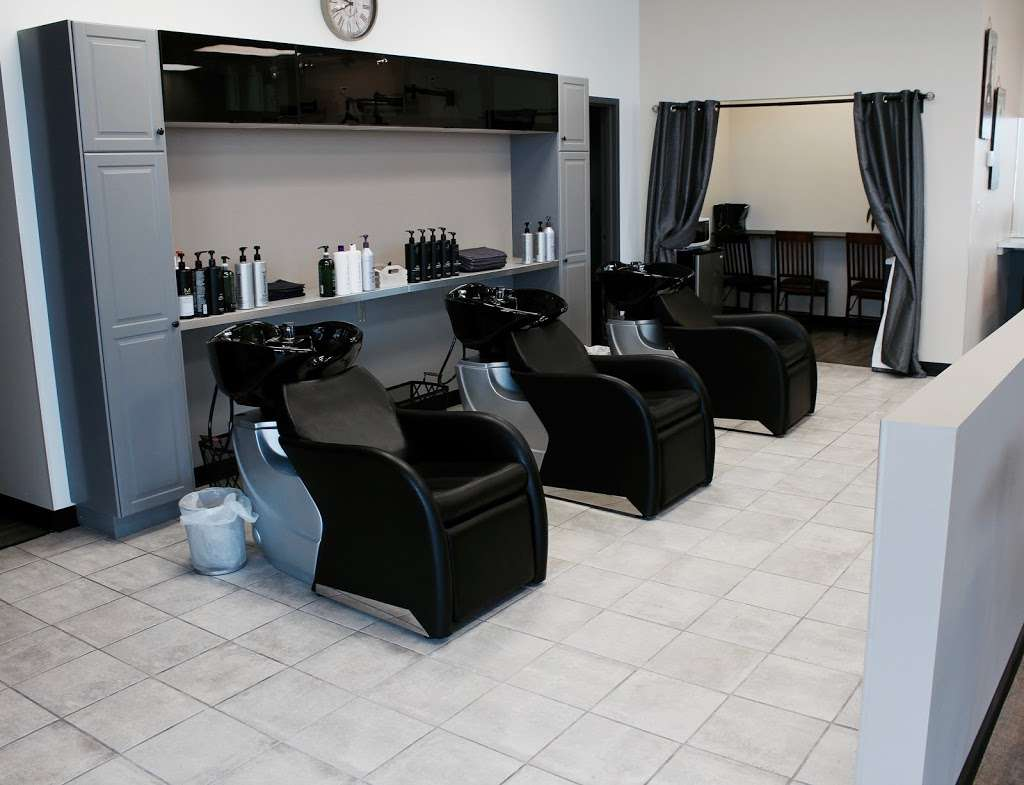 Fuschay Beauty Bar - hair care  | Photo 10 of 10 | Address: 847 N Wilke Rd, Arlington Heights, IL 60005, USA | Phone: (847) 873-1680