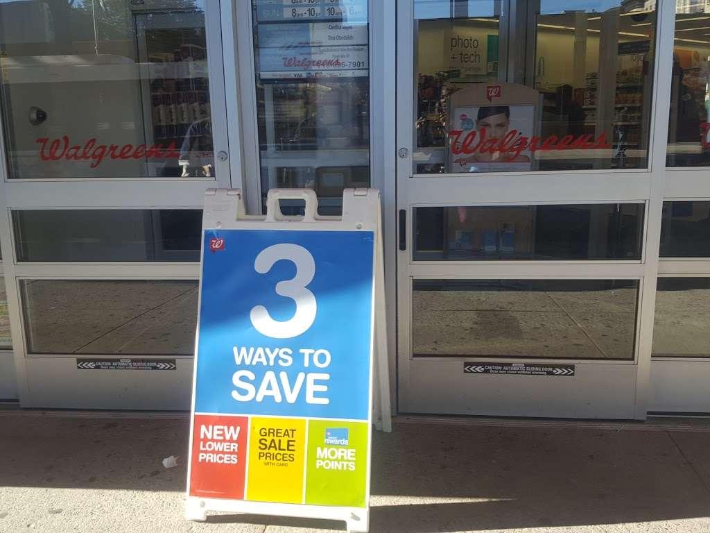 Walgreens - convenience store    Photo 4 of 10   Address: 1366 Broadway, Brooklyn, NY 11221, USA   Phone: (718) 452-6391