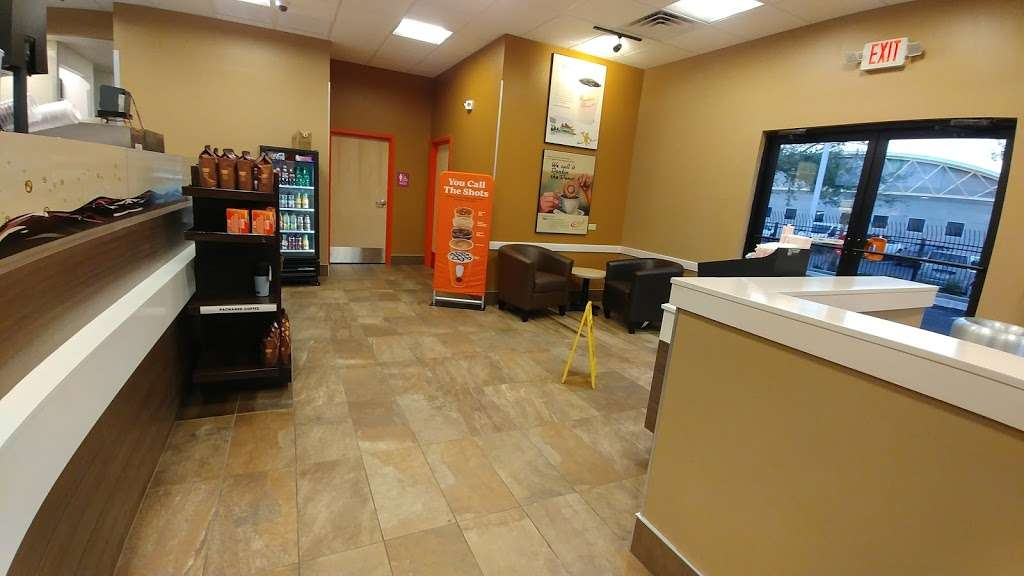 Dunkin's donuts - cafe  | Photo 1 of 7 | Address: 3011 Cathy Street, Florida 32839, USA