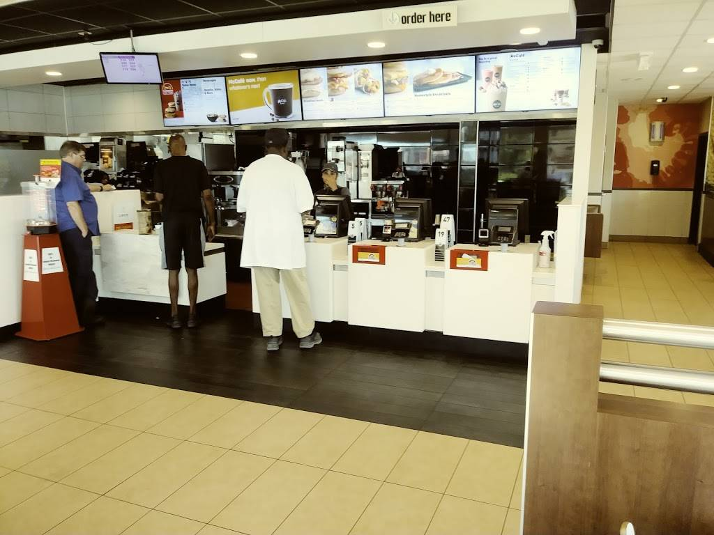 McDonalds - cafe  | Photo 1 of 8 | Address: 6906 N 56th St, Tampa, FL 33617, USA | Phone: (813) 985-1270