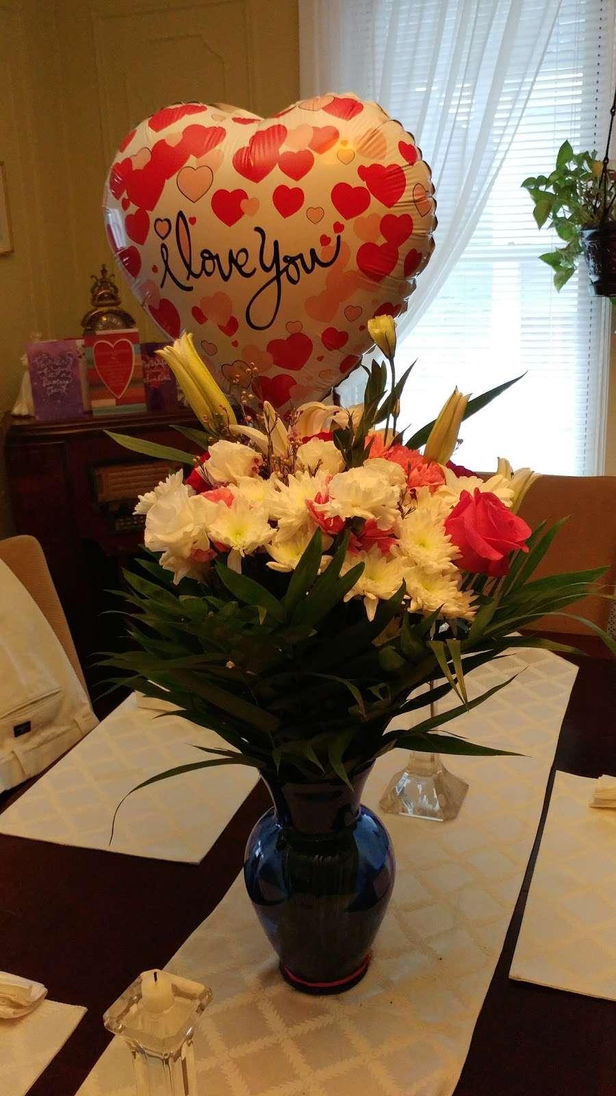 Jerome Florist & Gifts - florist    Photo 5 of 10   Address: 3724 E Tremont Ave, Bronx, NY 10465, USA   Phone: (718) 931-9440