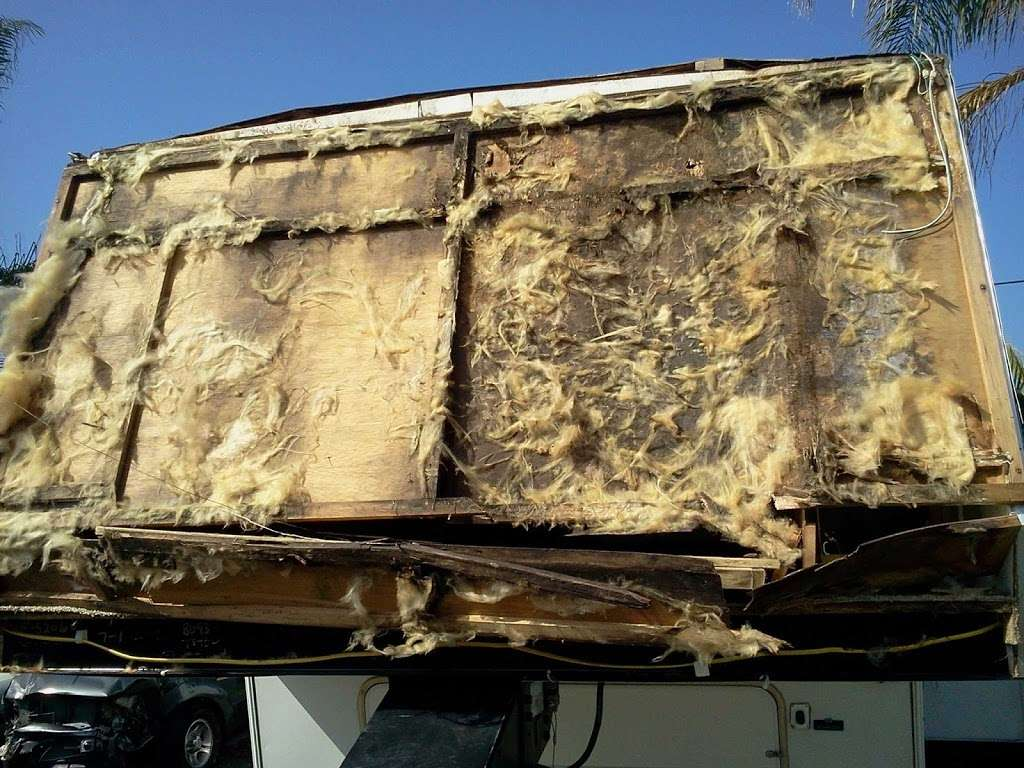Tommys Custom Coach Works - car repair    Photo 1 of 10   Address: 3048 Moore St, San Diego, CA 92110, USA   Phone: (619) 497-1007