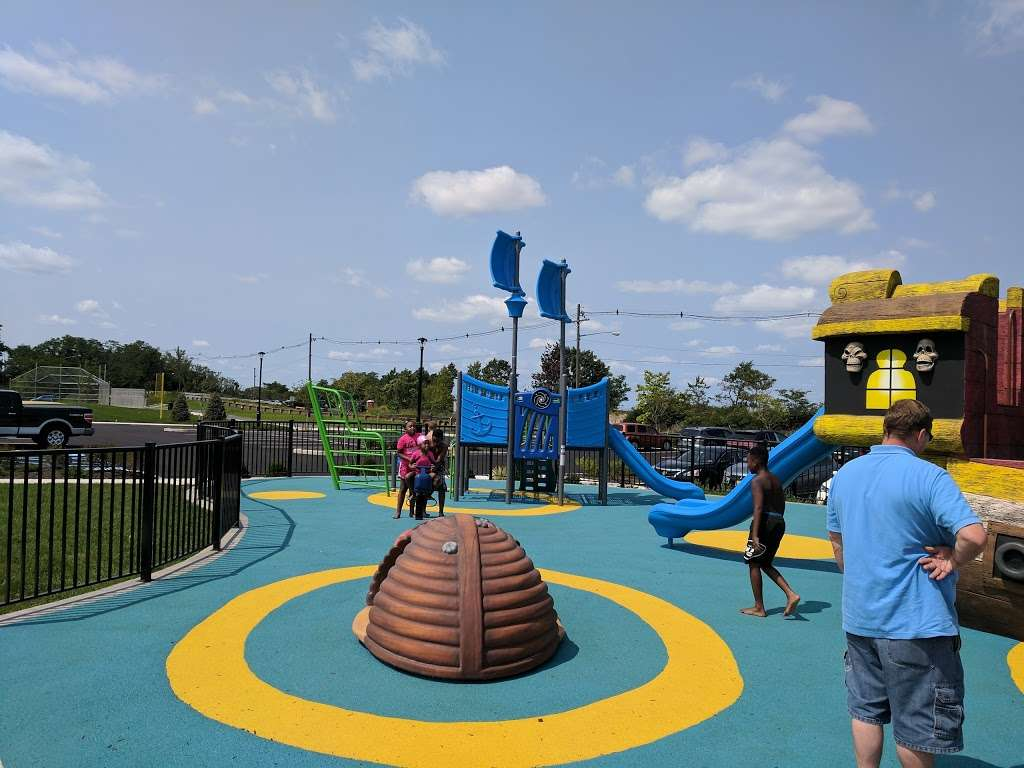 Pirate's Cove - park  | Photo 2 of 10 | Address: 449 Raritan Blvd, Keyport, NJ 07735, USA | Phone: (908) 587-4137