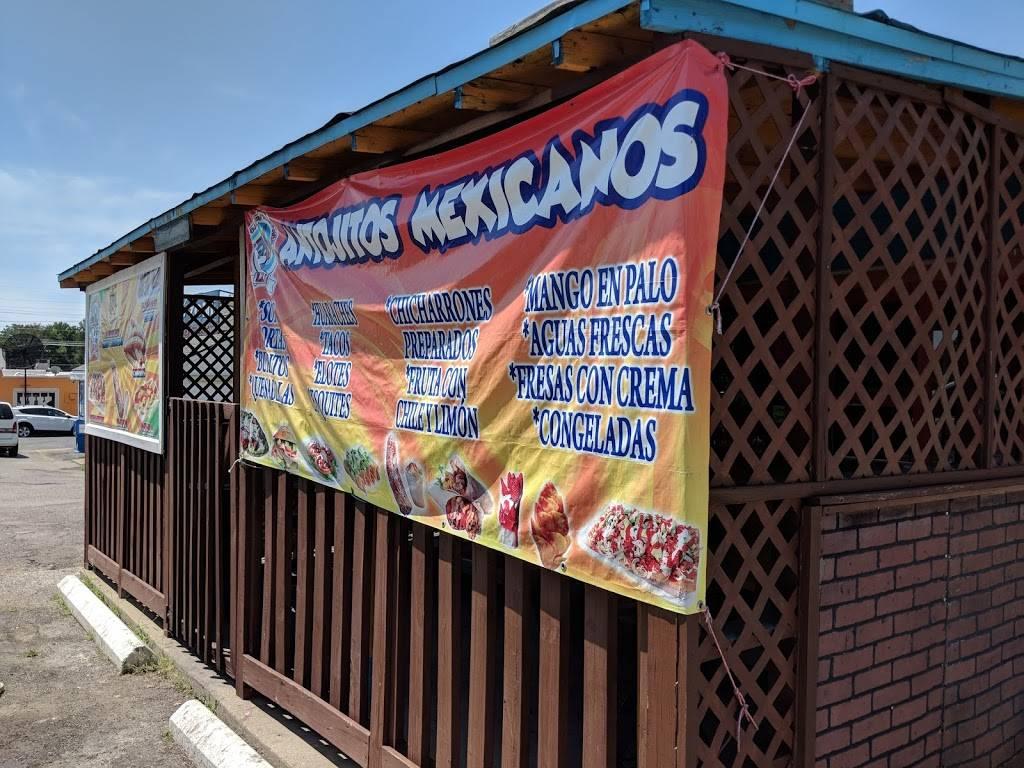 Churrería La Coneja - restaurant    Photo 1 of 2   Address: 895 N Broadway, Lexington, KY 40508, USA   Phone: (859) 321-3650