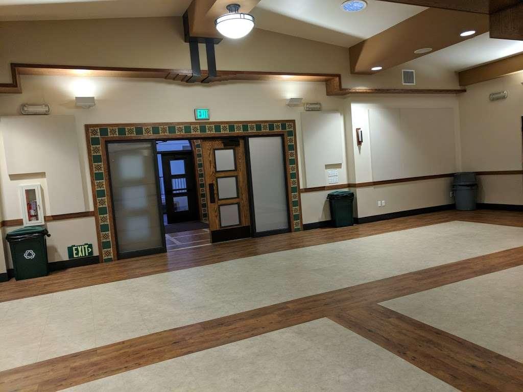 Holy Angels Catholic Church - church  | Photo 10 of 10 | Address: 370 Campus Dr, Arcadia, CA 91007, USA | Phone: (626) 447-1671