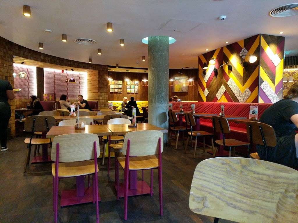 Nandos - meal takeaway  | Photo 1 of 10 | Address: 9-25 Mile End Rd, London E1 4TW, UK | Phone: 020 7791 2720