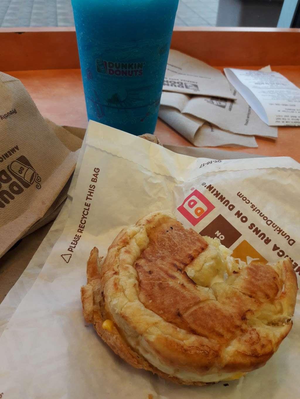 Dunkin - bakery  | Photo 9 of 10 | Address: 95 NW 167th St, North Miami Beach, FL 33169, USA | Phone: (305) 655-0101