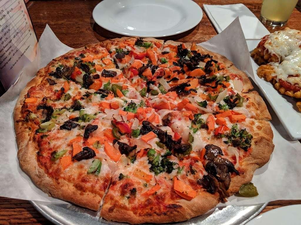The Cornerstone Restaurant & Bar - restaurant  | Photo 9 of 10 | Address: 84 Broadway, Hillsdale, NJ 07642, USA | Phone: (201) 666-8688