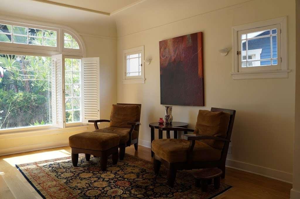 Ye Olde Upholstery Shoppe - furniture store  | Photo 6 of 10 | Address: 1836 Lincoln Blvd, Santa Monica, CA 90404, USA | Phone: (310) 395-2528