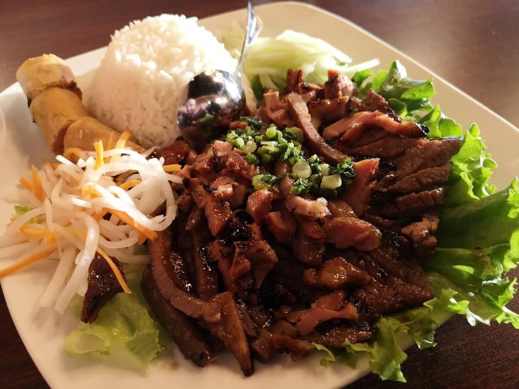 Phở Bowlevard - restaurant  | Photo 3 of 8 | Address: 5950 S Platte Canyon Rd, Littleton, CO 80123, USA | Phone: (303) 730-3049