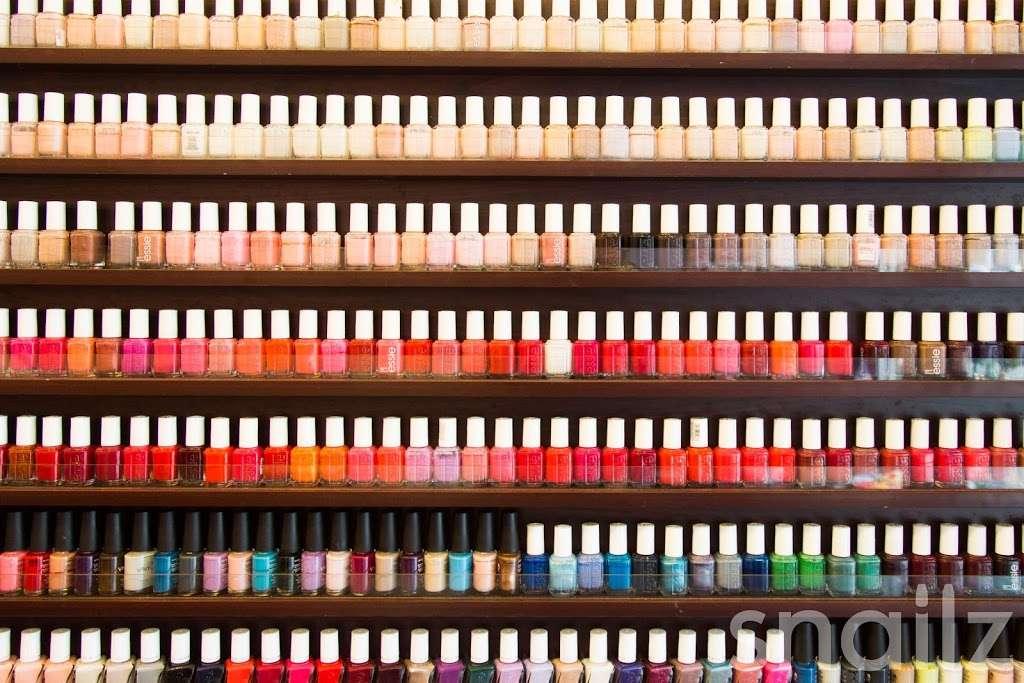 JZ Nails - hair care    Photo 4 of 10   Address: 310 Court St, Brooklyn, NY 11231, USA   Phone: (718) 855-4398