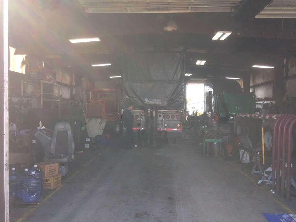 Macer Truck and Trailer Repair Shop - car repair  | Photo 7 of 10 | Address: 7800 Melton Rd, Gary, IN 46403, USA | Phone: (219) 746-4487