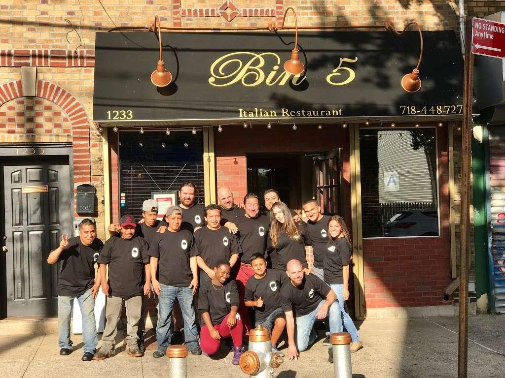 Bin 5 - restaurant    Photo 4 of 10   Address: 1233 Bay St, Staten Island, NY 10305, USA   Phone: (718) 448-7275