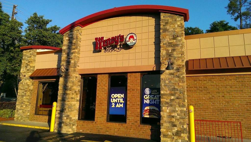 Wendys - restaurant  | Photo 1 of 8 | Address: 100 Scarlet Dr, Chapel Hill, NC 27517, USA | Phone: (919) 967-8624
