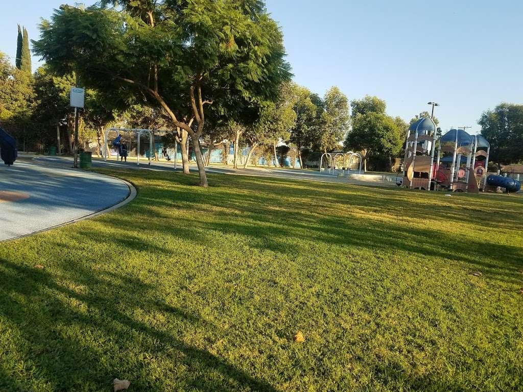 Parque De Los Sueños - park    Photo 2 of 10   Address: 1333 S Bonnie Beach Pl, Los Angeles, CA 90032, USA   Phone: (323) 260-2330