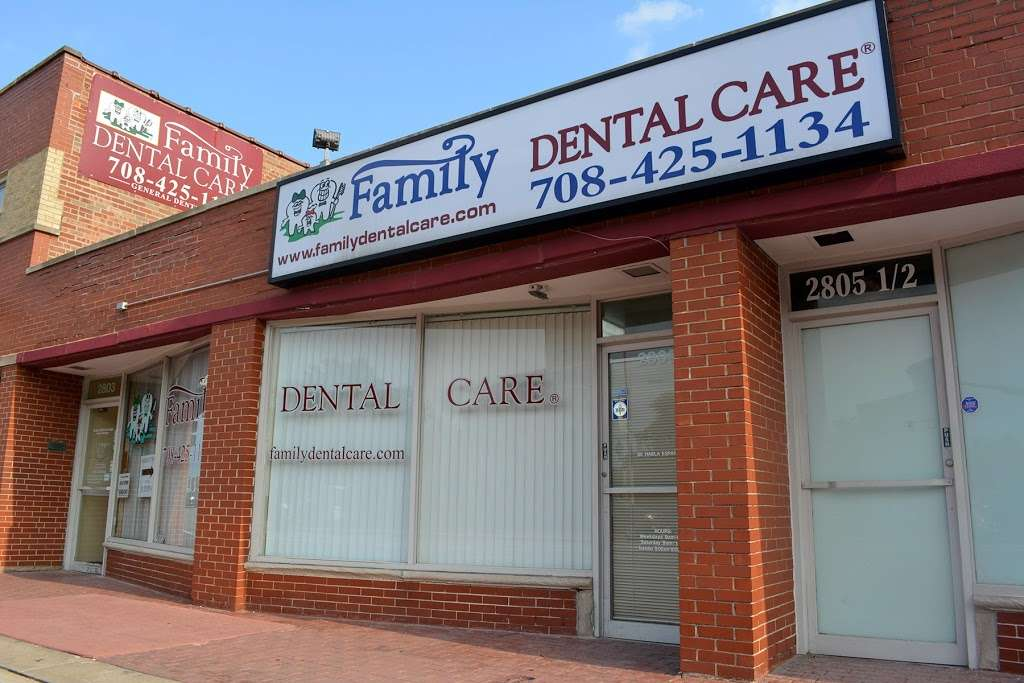 Family Dental Care - Evergreen Park IL - doctor  | Photo 1 of 10 | Address: 2803 95th St, Evergreen Park, IL 60805, USA | Phone: (708) 419-1402