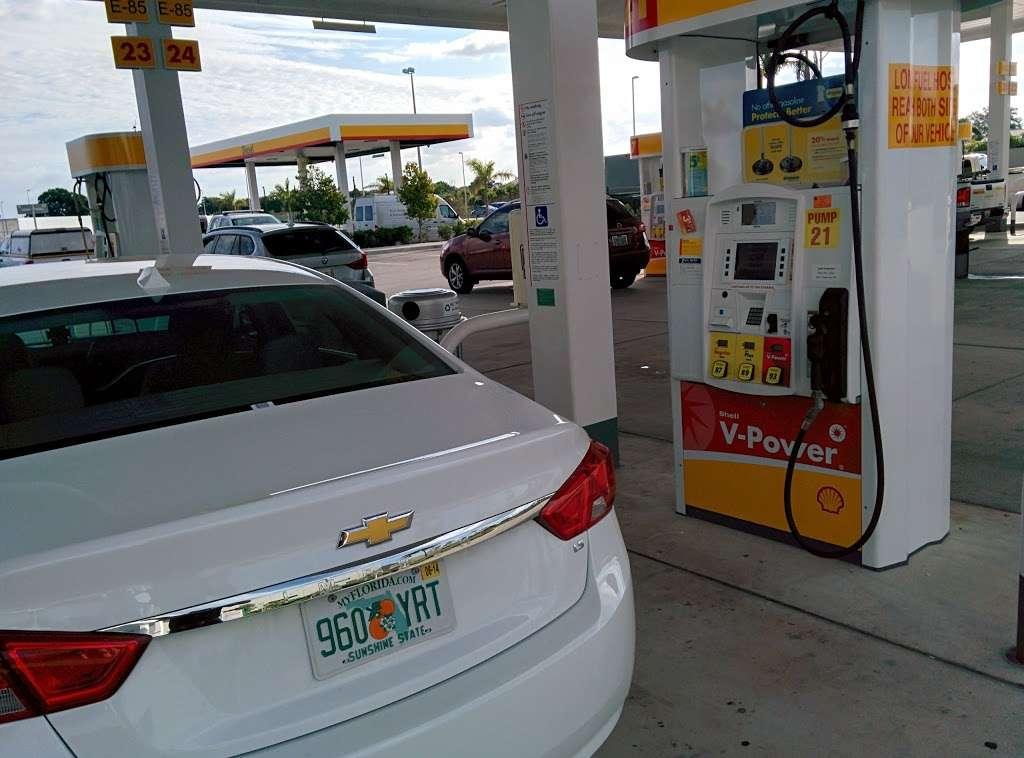 Florida Turnpike Services - gas station  | Photo 2 of 10 | Address: 65 Floridas Turnpike, Pompano Beach, FL 33069, USA | Phone: (954) 978-8714