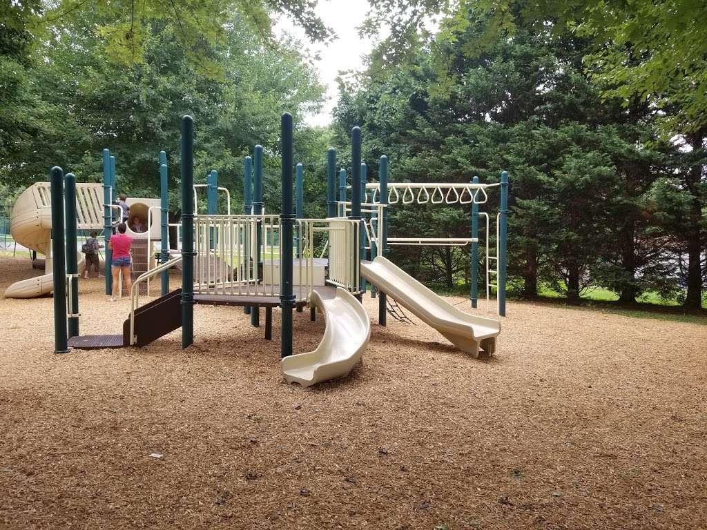 Veterans Memorial Park - park  | Photo 4 of 10 | Address: Springfield, PA 19064, USA