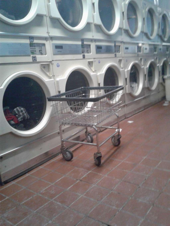 Modern Highland Laundry - laundry  | Photo 4 of 7 | Address: 392 Highland Ave, Clifton, NJ 07011, USA