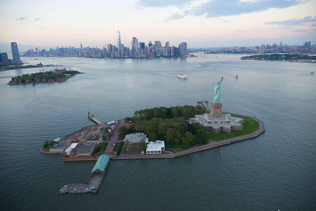 Liberty Island Ferry - transit station  | Photo 10 of 10 | Address: 1 Audrey Zapp Dr, Jersey City, NJ 07305, USA | Phone: (201) 604-2800