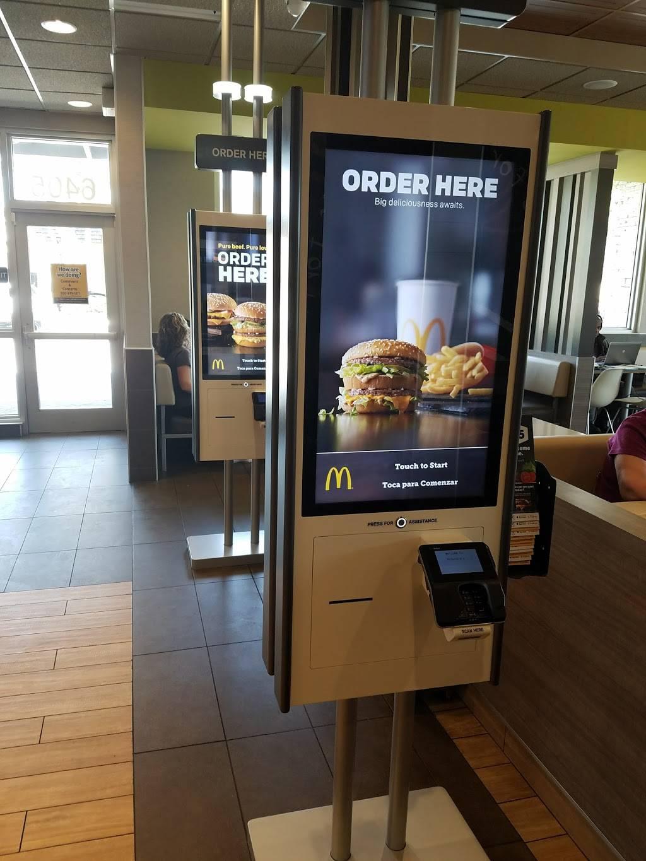 McDonalds - cafe  | Photo 6 of 7 | Address: 6405 Nova Dr, Davie, FL 33317, USA | Phone: (954) 424-2408