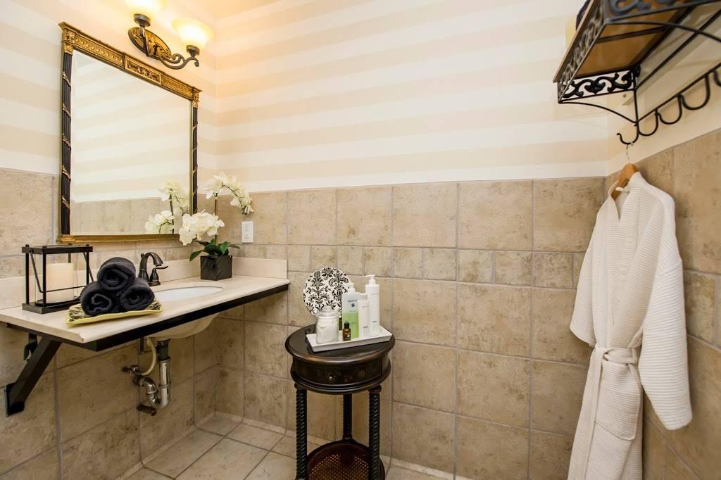 Eurotan Spa - dentist  | Photo 7 of 10 | Address: 8200 Stockdale Hwy, Bakersfield, CA 93311, USA | Phone: (661) 836-9951