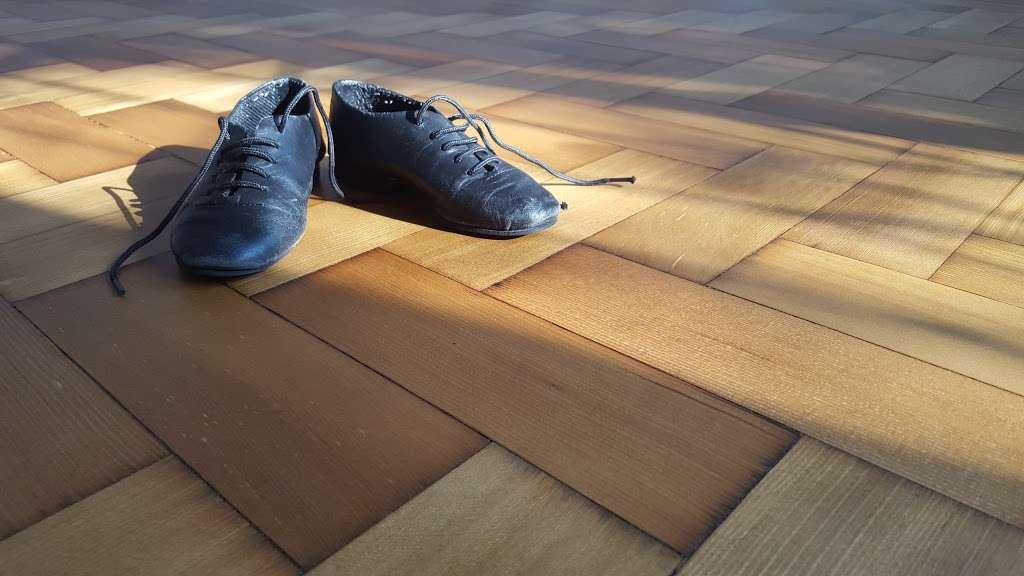 Surrey Flooring Services - store  | Photo 4 of 10 | Address: 65 Cotterill Rd, Surbiton KT6 7UJ, UK | Phone: 020 8875 1260