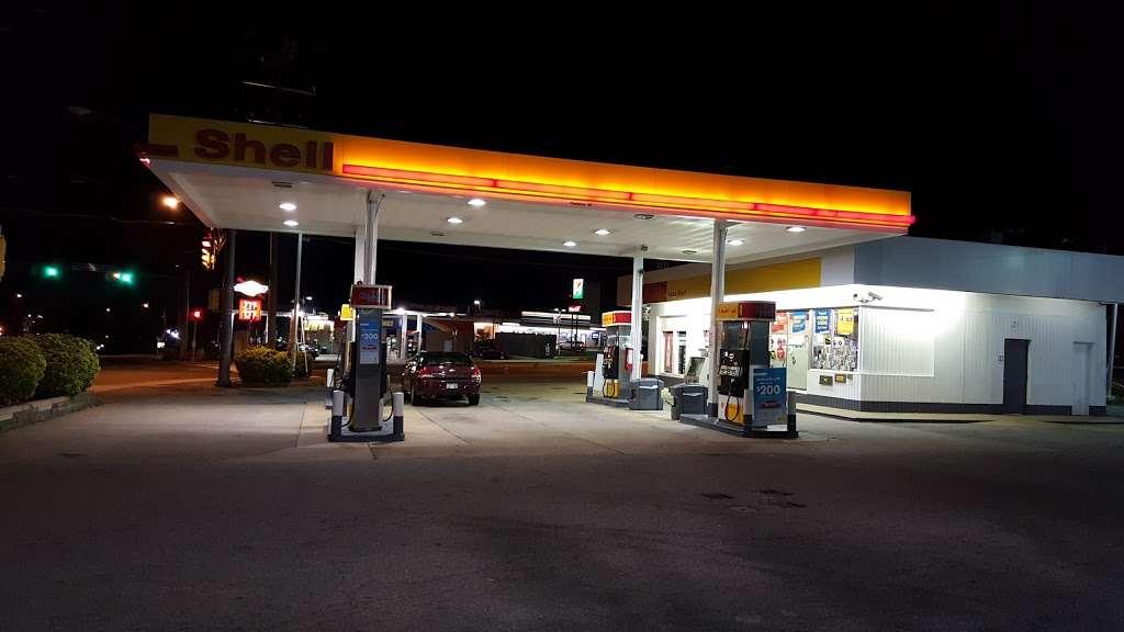 Shell - gas station  | Photo 2 of 3 | Address: 6286 Little River Turnpike, Alexandria, VA 22312, USA | Phone: (703) 941-3870
