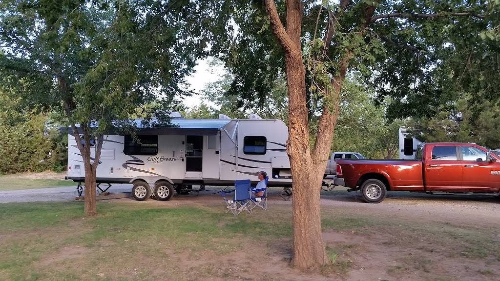 Richards RV Park - campground  | Photo 3 of 5 | Address: 7351 US-84, Shallowater, TX 79363, USA | Phone: (806) 790-4612