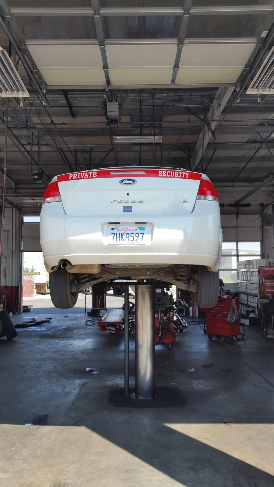 Les Schwab Tire Center - car repair  | Photo 4 of 9 | Address: 3554 E Hammer Ln, Stockton, CA 95212, USA | Phone: (209) 952-8473