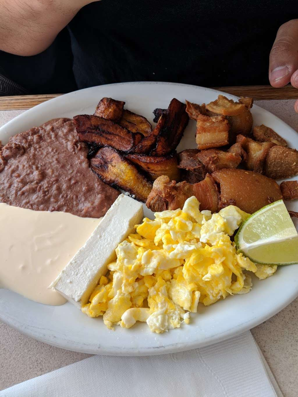 Sabor Centroamericano - restaurant  | Photo 7 of 10 | Address: 1304 Central Ave, Kansas City, KS 66102, USA | Phone: (913) 261-9181