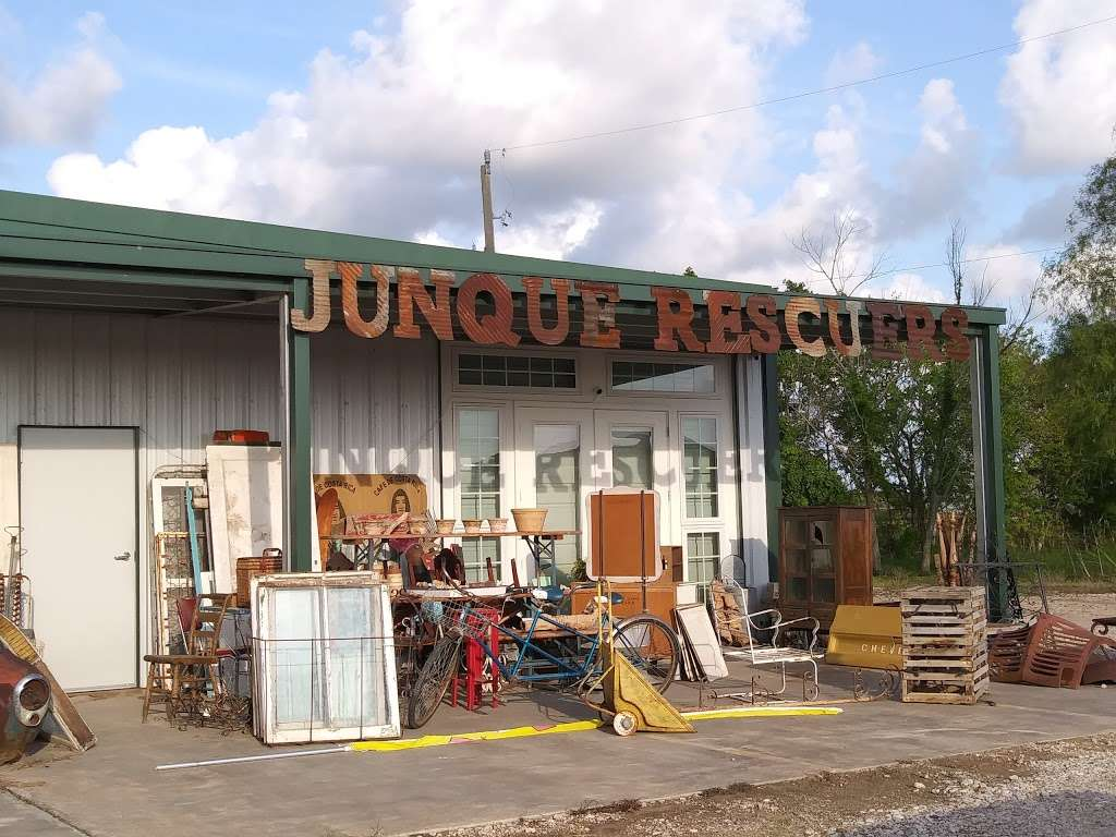 Junque Rescuers - home goods store  | Photo 1 of 10 | Address: 332 County Rd 223, Freeport, TX 77541, USA | Phone: (979) 799-6705