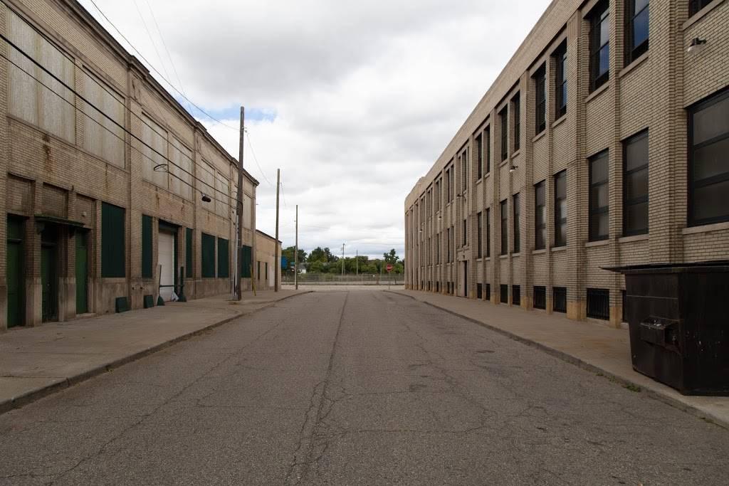 Vinewood Gym - gym  | Photo 4 of 5 | Address: 3815 W Fort St #138, Detroit, MI 48216, USA | Phone: (313) 819-2629