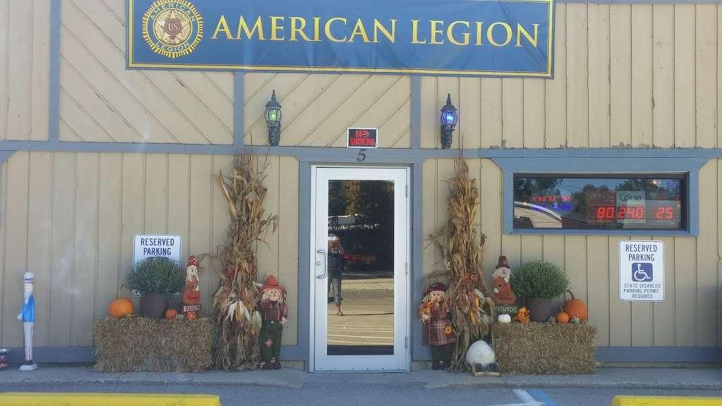Whitestown American Legion Post 410 - restaurant  | Photo 2 of 10 | Address: 5 Linville Ave, Whitestown, IN 46075, USA | Phone: (317) 769-3232