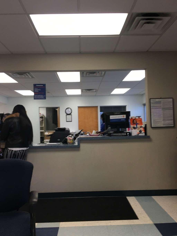 Concentra Urgent Care - physiotherapist  | Photo 7 of 8 | Address: 7000 Holstein Ave, Philadelphia, PA 19153, USA | Phone: (215) 365-7510
