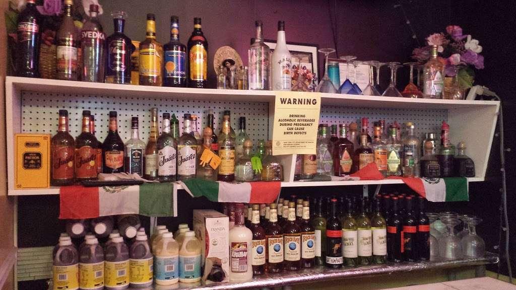 Cafe Con Pan - bakery  | Photo 1 of 10 | Address: 137 Port Richmond Ave, Staten Island, NY 10302, USA | Phone: (347) 352-7098