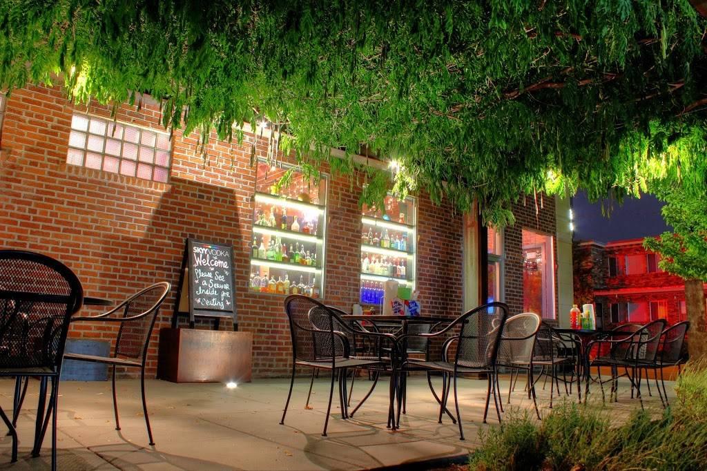 Wild Garlic Pizza & Pub - restaurant  | Photo 3 of 10 | Address: 670 Mt Rose St, Reno, NV 89509, USA | Phone: (775) 284-8900
