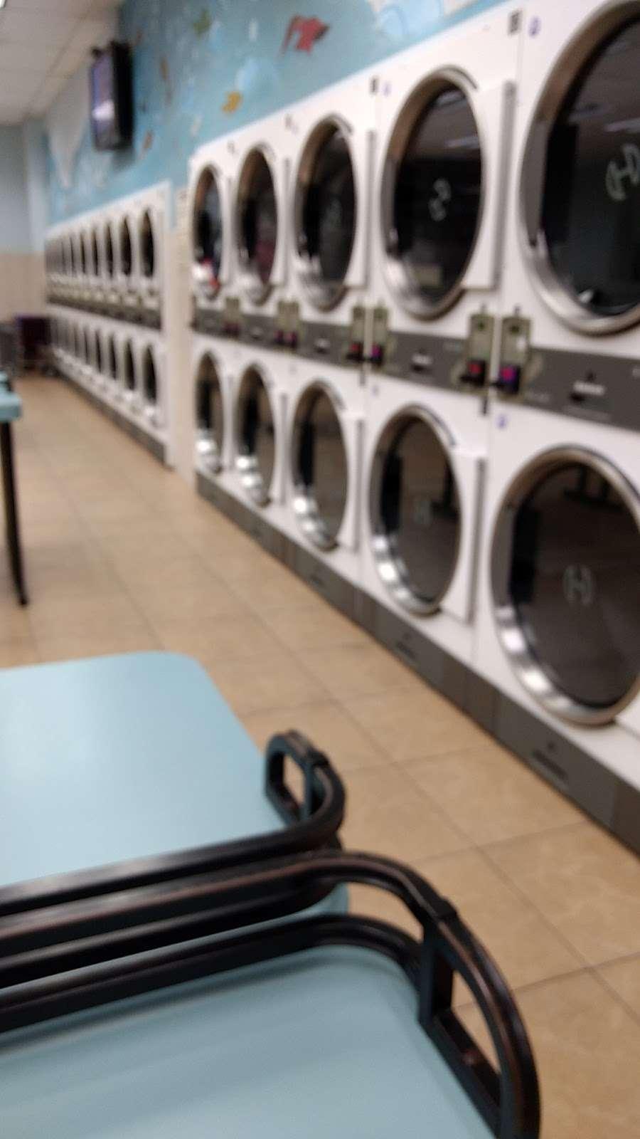 Arlington Laundromat - laundry  | Photo 2 of 5 | Address: 493 Ridge Rd, North Arlington, NJ 07031, USA | Phone: (201) 997-5757