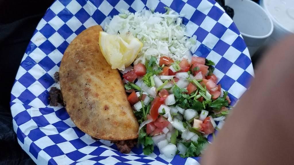 Tacolandia - restaurant  | Photo 6 of 6 | Address: 433 N Clovis Ave, Fresno, CA 93727, USA | Phone: (559) 790-6420
