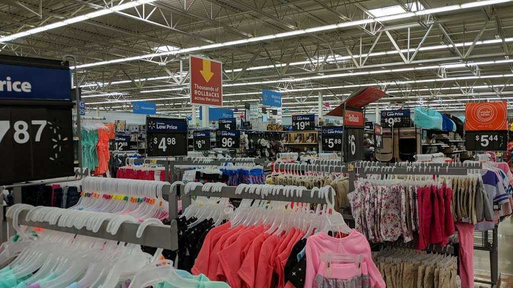 Walmart Supercenter - department store  | Photo 9 of 10 | Address: 3500 Brumback Boulevard, Kenosha, WI 53144, USA | Phone: (262) 652-1039