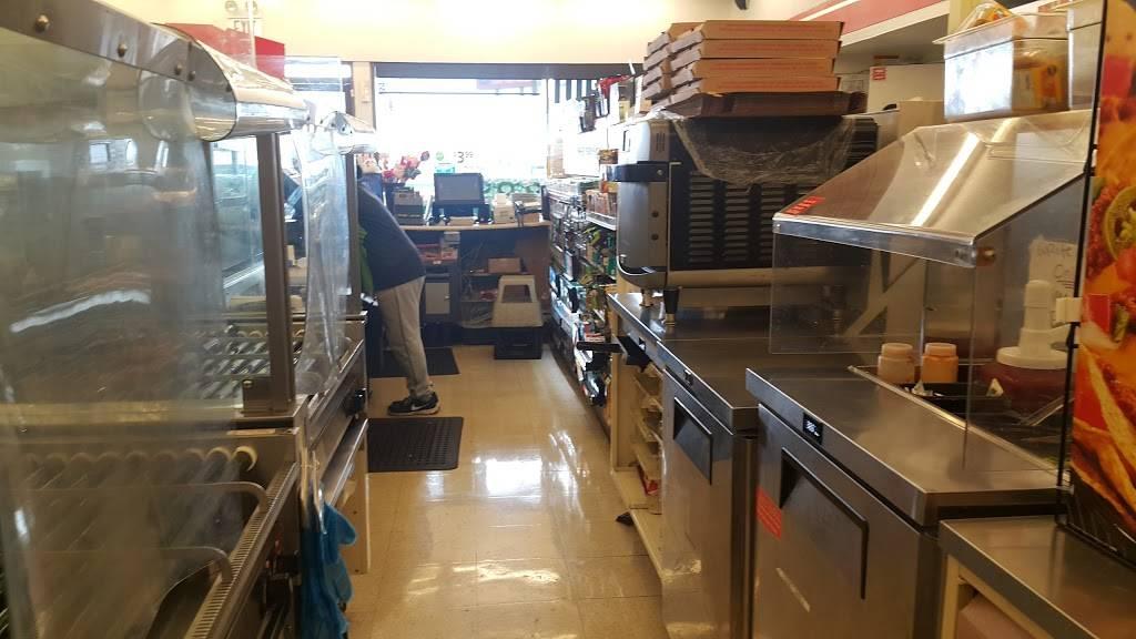 7-Eleven - convenience store  | Photo 4 of 9 | Address: 529 N Rancho Road, Las Vegas, NV 89106, USA | Phone: (702) 648-2668