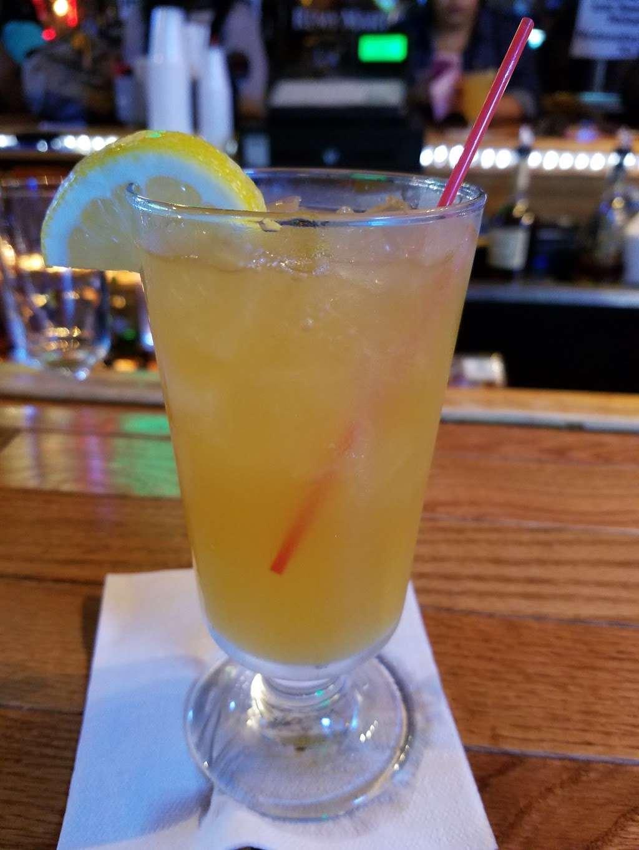 Lou & Choo Lounge - night club  | Photo 1 of 10 | Address: 2101 W Hunting Park Ave, Philadelphia, PA 19140, USA | Phone: (215) 228-7281