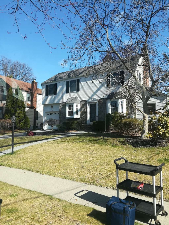 Brookside Park - park  | Photo 3 of 6 | Address: 160 Greenway Terrace, River Edge, NJ 07661, USA